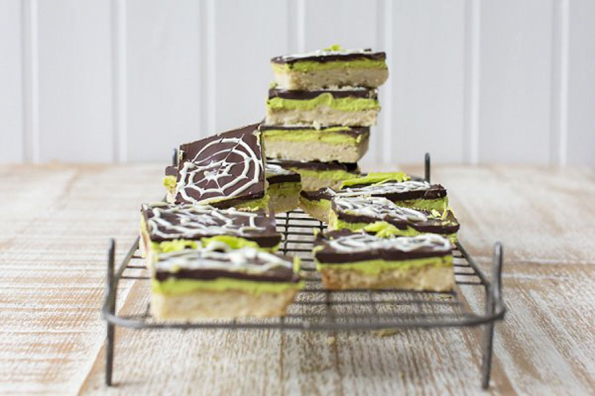 Halloween Mint Chocolate Millionaire Shortbread